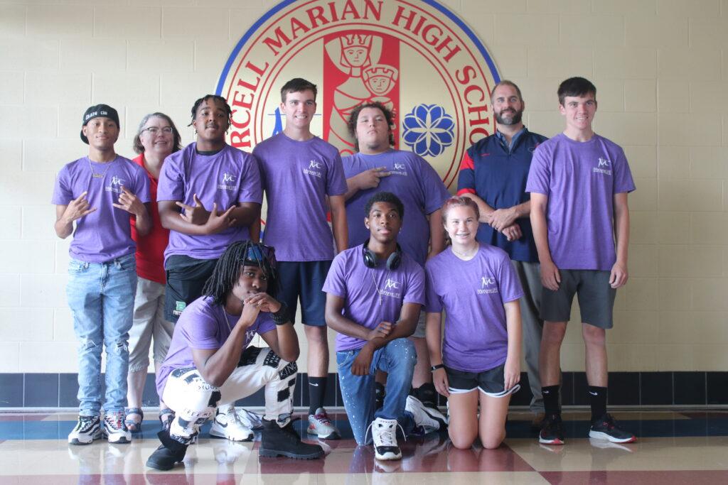 2021-22 New Marianist LIFE team members.